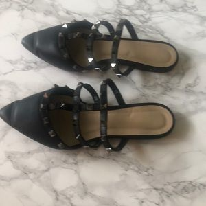 Wild Diva Shoes - Wild Diva Pointed Flats with Studs in black